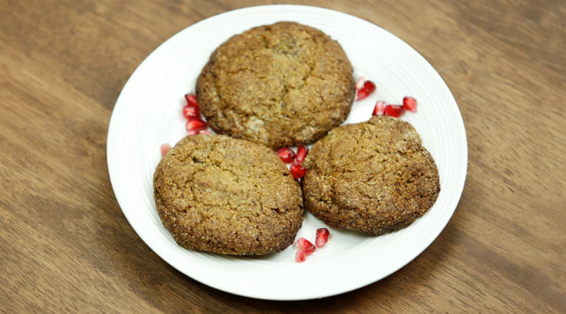 Spicy lectin-free ginger cookies for your Plant Paradox holiday baking!
