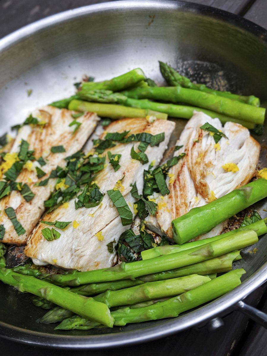 Mahi-mahi with steamed asparagus and basil gremolata